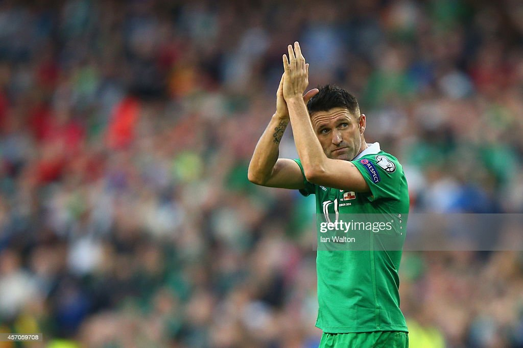 Robbie Keane of Republic of Ireland applauds the fans during the EURO 2016 Qualifier match between Republic of Ireland and Gibraltar at Aviva Stadium...