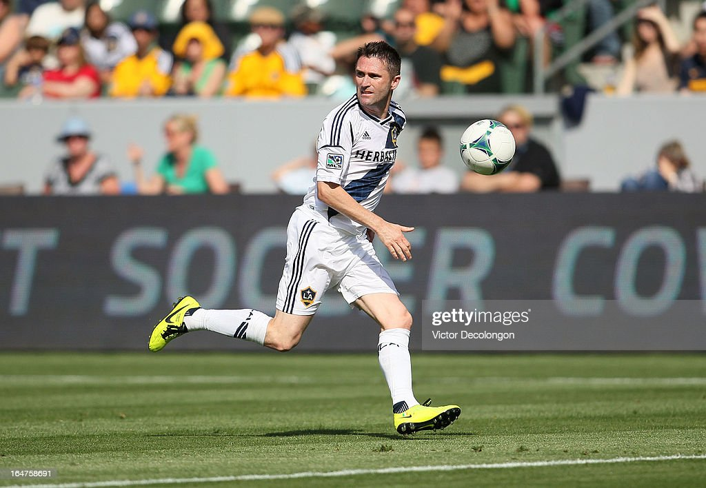 Robbie Keane #7 of the Los Angeles Galaxy paces the ball on the attack against Chivas USA in the second half of their MLS match at The Home Depot Center on March 17, 2013 in Carson, California. Chivas USA and the Los Angeles Galaxy played to a 1-1 draw.