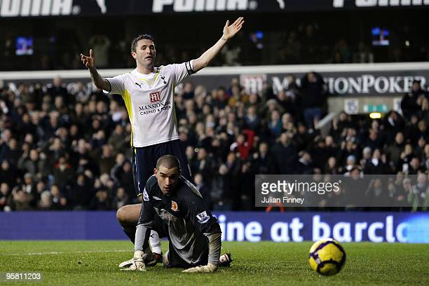 Robbie Keane of Tottenham Hotspur looks frustrated after having a a shot saved by Boaz Myhill of Hull City during the Barclays Premier League match...