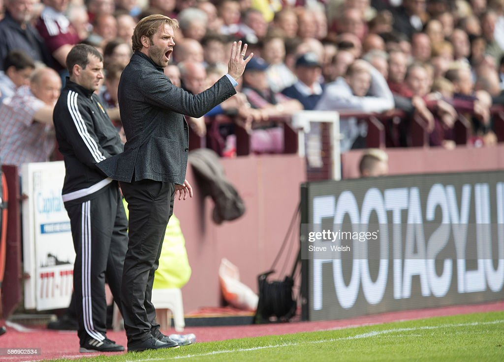 Robbie Neilson manager of Hearts shouts out his orders to his players during the Ladbrokes Scottish Premiership match between Hearts and Celtic on August 7, 2016 in Glasgow, Edinburgh.