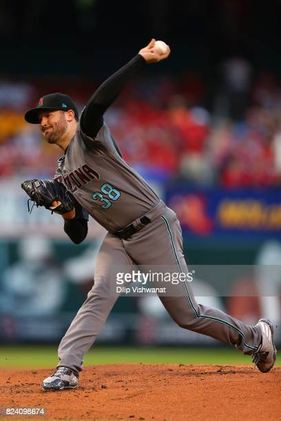Robbie Ray of the Arizona Diamondbacks delivers a pitch against the St Louis Cardinals in the first inning at Busch Stadium on July 28 2017 in St...