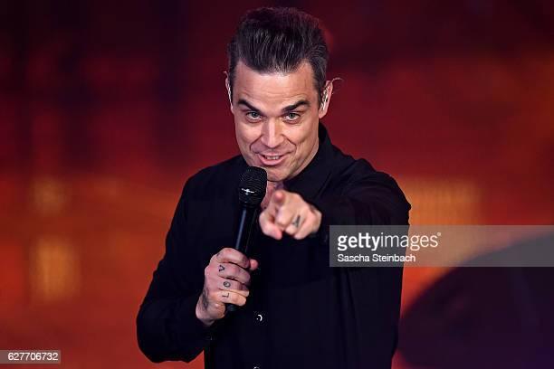 Robbie Williams attends the television show 2016 Menschen Bilder Emotionen RTL Jahresrueckblick on December 4 2016 in Cologne Germany