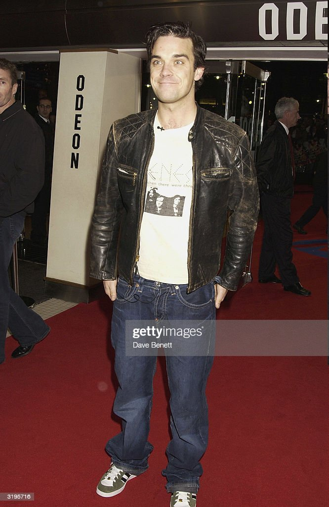 Robbie Williams attends the UK Premiere of 'Robbie Williams Knebworth DVD' at the Odeon, Leicester Square on November 19, 2003 in London.