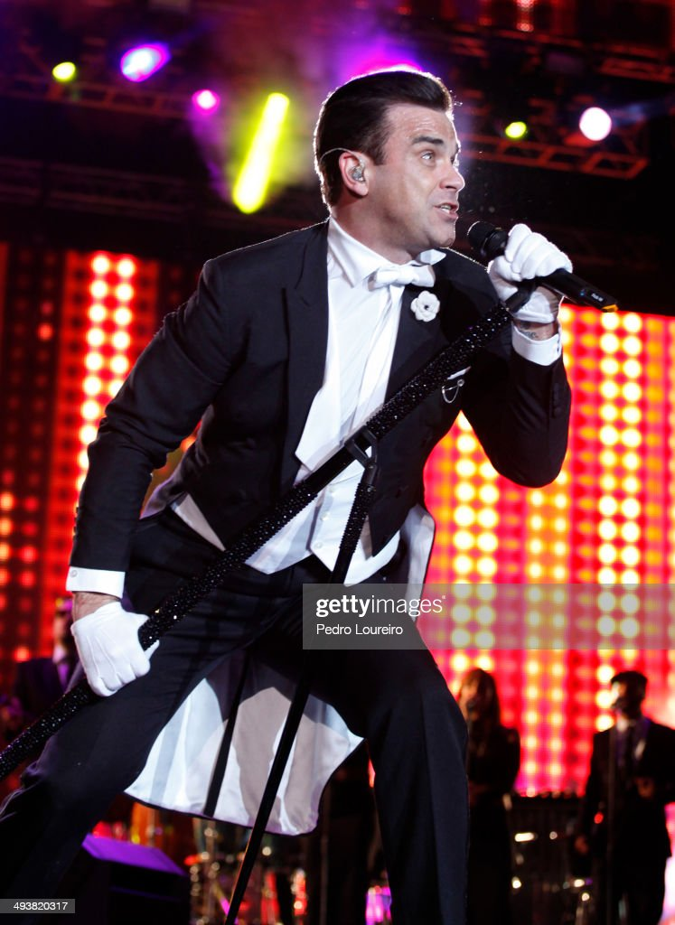 Robbie Williams performs at Rock in Rio Lisbon 2014 Day 1 on May 25 2014 in Lisbon Portugal