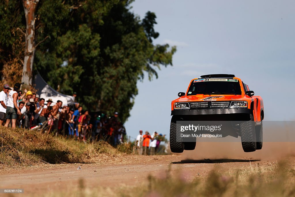 <a gi-track='captionPersonalityLinkClicked' href=/galleries/search?phrase=Robby+Gordon&family=editorial&specificpeople=165241 ng-click='$event.stopPropagation()'>Robby Gordon</a> of the United States of America and Kellon Walch of the United States of America in the GORDINI SC1 for TEAM SPEED ENERGY competes in the Dakar Rally Prologue on January 2, 2016 outside Buenos Aires near Ariecifes, Argentina.