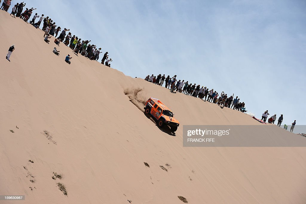 US Robby Gordon steers his Hummer during the Stage 12 of the 2013 Dakar Rally between Fiambala in Argentina and Copiapo in Chile, on January 17, 2013. The rally is taking place in Peru, Argentina and Chile from January 5 to 20.