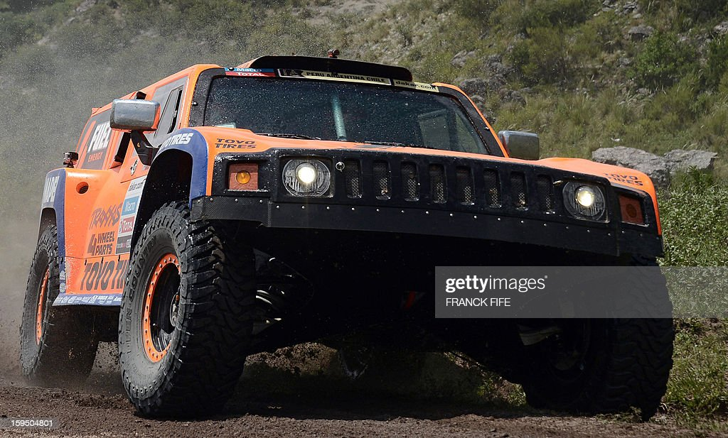 US Robby Gordon steers his Hummer during the Stage 9 of the Dakar 2013 between Tucuman and Cordoba, Argentina, on January 14, 2013. The rally takes place in Peru, Argentina and Chile between January 5 and 20.