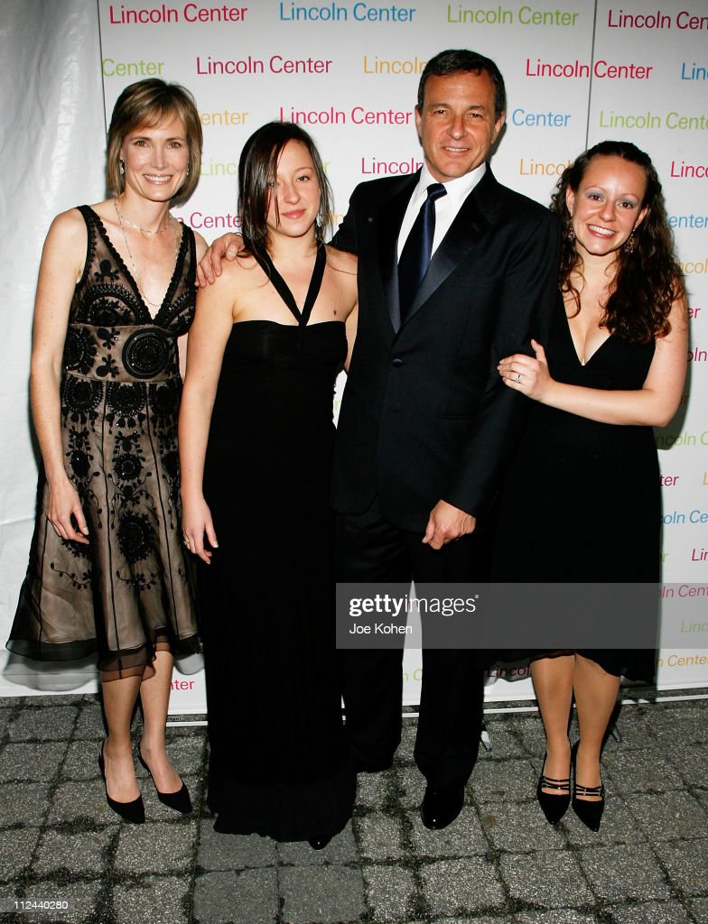 Robert A Iger President and CEO The Walt Disney Company with wife WIllow Bay and daughters Kate and Amanda arrive at the 2008 Lincoln Center Spring...