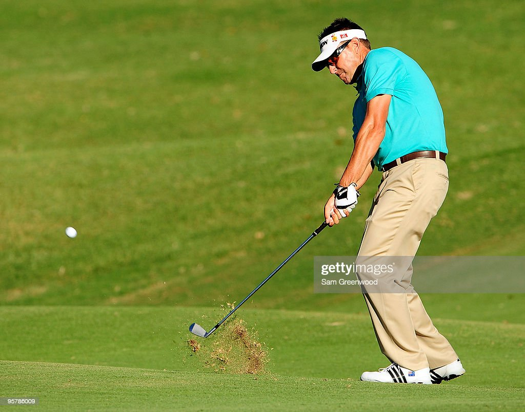 Robert Allenby of Australia plays a shot on the 4th hole during the first round of the Sony Open at Waialae Country Club on January 14, 2010 in Honolulu, Hawaii.