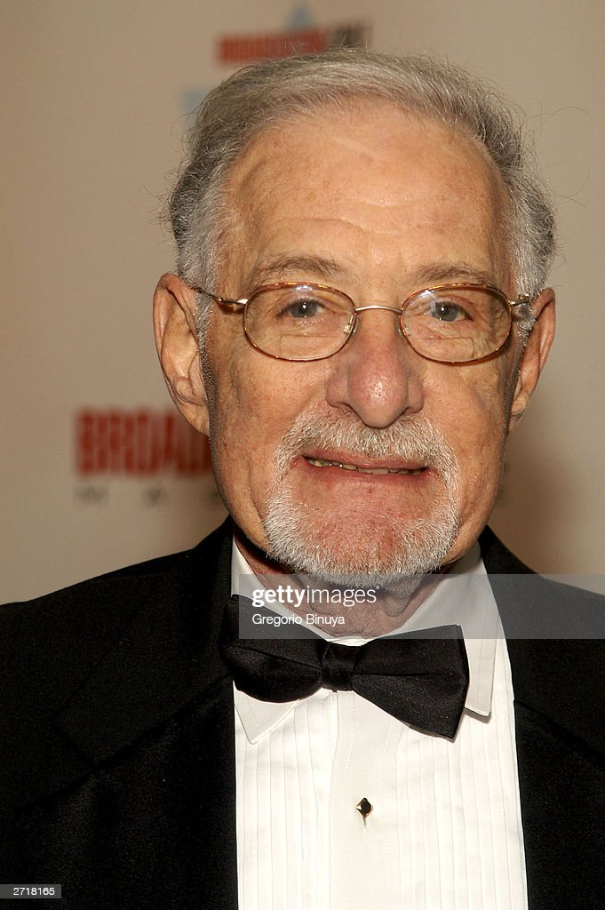 Robert Alter attends the 13th Annual Broadcasting & Cable Magazine Hall of Fame November 10, 2003, in New York. Alter is a new inductee at the gala.