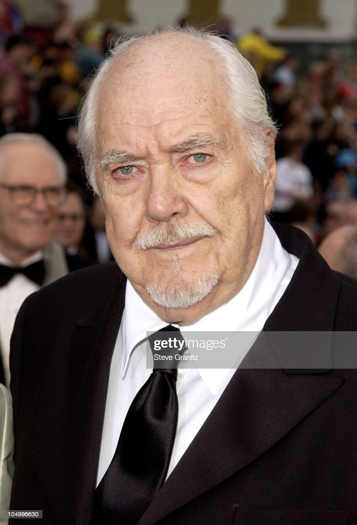 Robert Altman during The 74th Annual Academy Awards - Arrivals at Kodak Theater in Hollywood, California, United States.