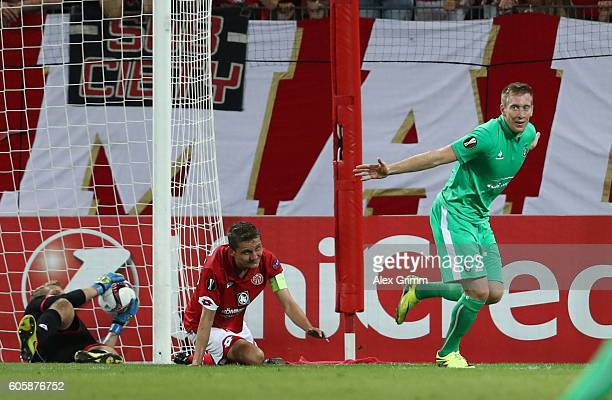 Robert Beric of SaintEtienne celebrates scoring his teams equaliser during the UEFA Europa League Group C match between 1 FSV Mainz 05 and AS...