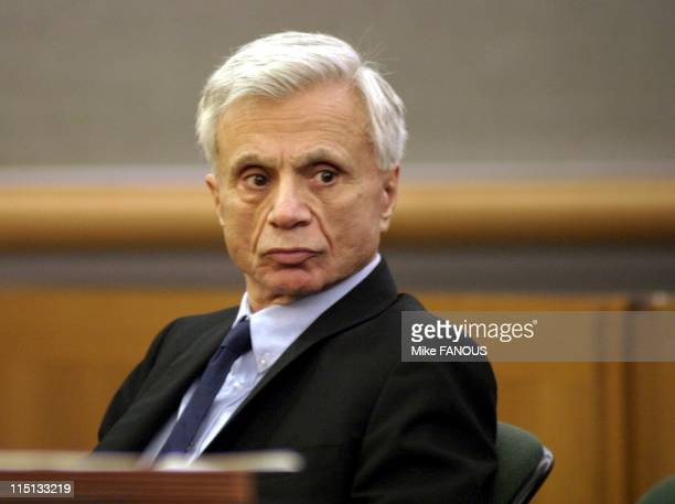 Robert Blake Back in Court in Los Angeles United States on September 17 2004 Robert Blake star of the 1970's show 'Baretta' who is accused of...