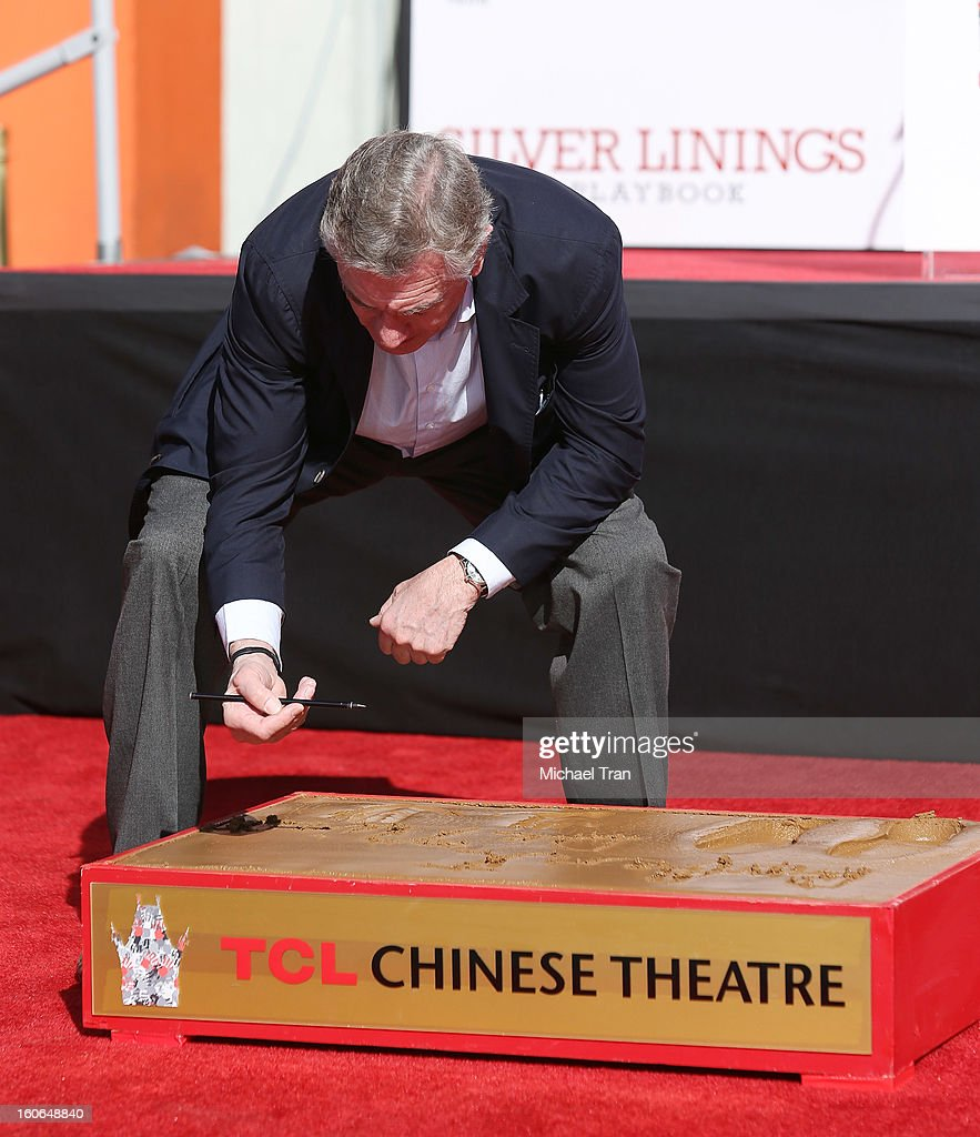 <a gi-track='captionPersonalityLinkClicked' href=/galleries/search?phrase=Robert+De+Niro&family=editorial&specificpeople=201673 ng-click='$event.stopPropagation()'>Robert De Niro</a> attends his hand and footprint ceremony held in conjunction with the film 'Silver Linings Playbook' held at TCL Chinese Theatre on February 4, 2013 in Hollywood, California.