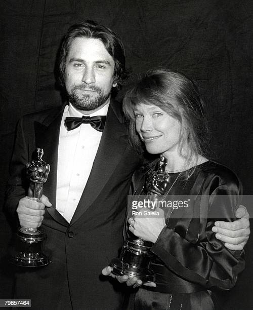 Robert De Niro winner of Best Actor for 'Raging Bull' and Sissy Spacek winner of Best Actress for 'Coal Miner's Daughter'