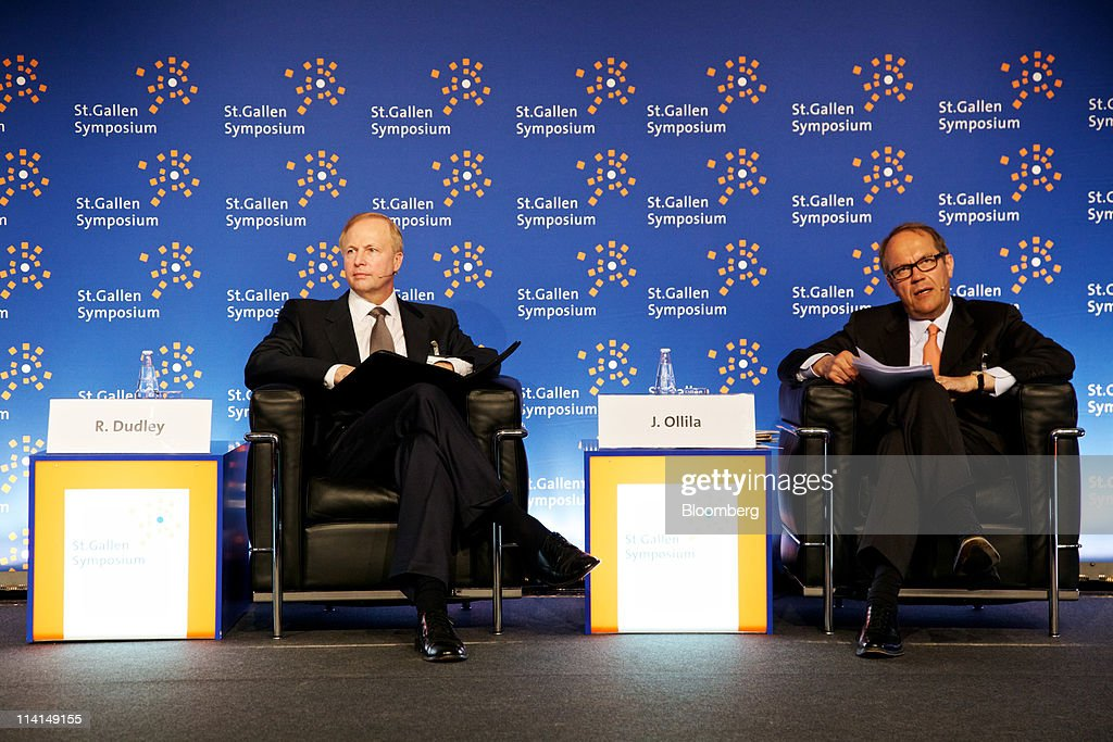 Robert Dudley, chief executive officer of BP Plc, left, sits with <a gi-track='captionPersonalityLinkClicked' href=/galleries/search?phrase=Jorma+Ollila&family=editorial&specificpeople=619838 ng-click='$event.stopPropagation()'>Jorma Ollila</a>, chairman of Royal Dutch Shell Plc, during the St.Gallen symposium in St.Gallen, Switzerland, on Friday, May 13, 2011. Dudley said he's ''optimistic'' about reaching an agreement on a share swap with state-owned Russian oil producer OAO Rosneft. Photographer: Gianluca Colla/Bloomberg via Getty Images