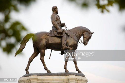 Robert E. Lee Statue On Monument Avenue, Richmond Virginia