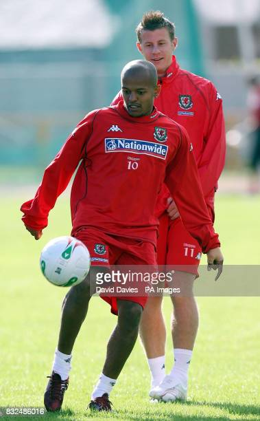 Robert Earnshaw during a training session at Jenner Park Barry