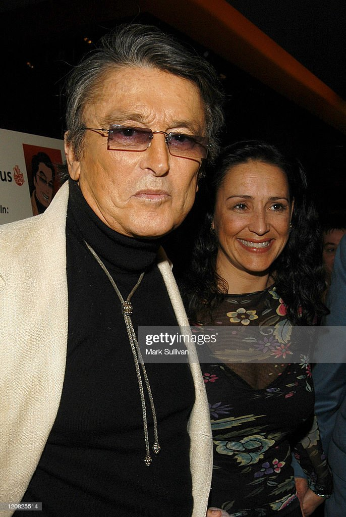Robert Evans and Paula Fortunato during Los Angeles Confidential Maga... Show more - robert-evans-and-paula-fortunato-during-los-angeles-confidential-picture-id120825514