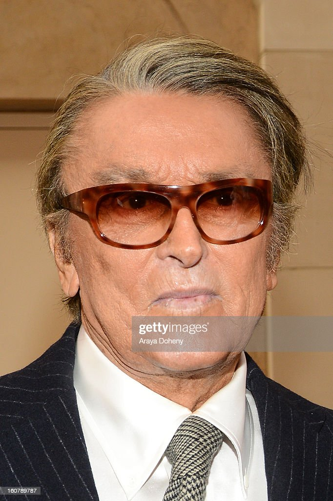 Robert Evans attends the dedication of the Sumner M. Redstone Production Building at USC on February 5, 2013 in Los Angeles, California.