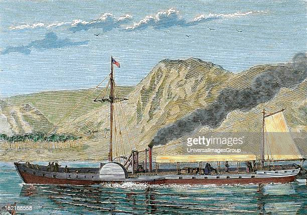 Robert Fulton's steamboat Constructed by the North American engineer Robert FULTON Colored engraving of the 19th century