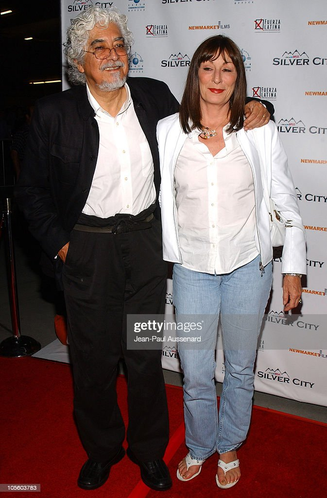 Robert Graham and Anjelica Huston during 'Silver City' Los Angeles Premiere - Arrivals at The ArcLight in Hollywood, California, United States.