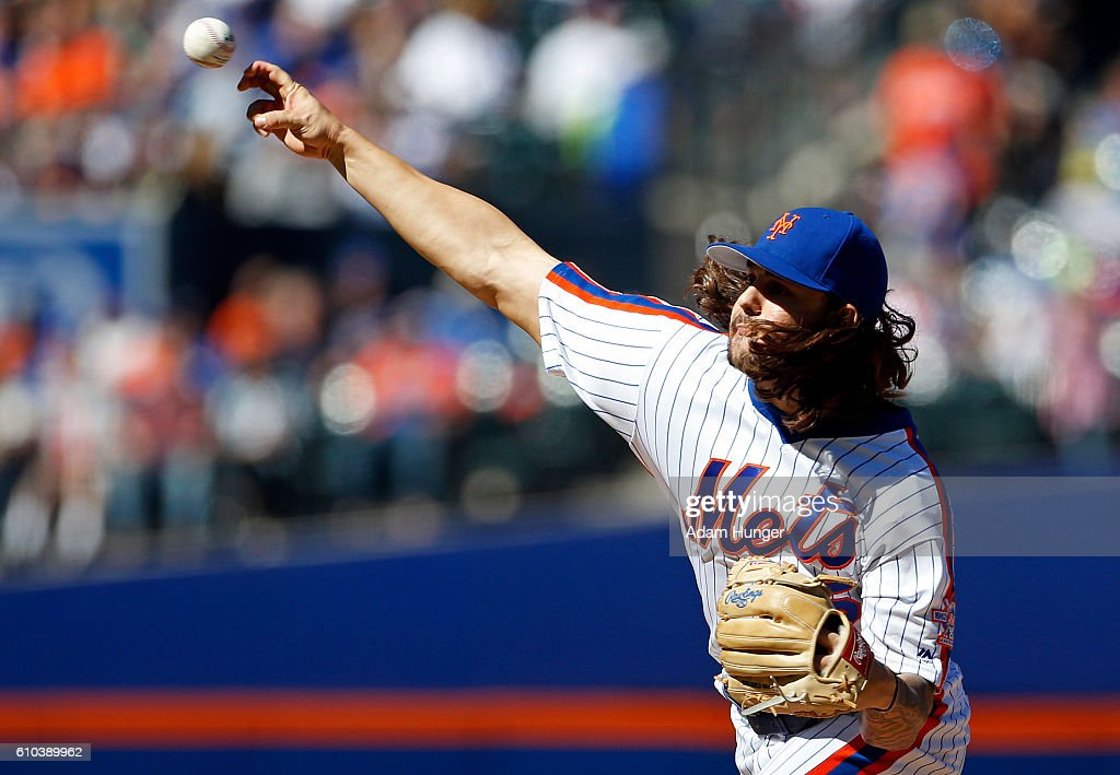 Robert Gsellman #65 of the New York Mets delivers a pitch during the second inning against the Philadelphia Phillies at Citi Field on September 25, 2016 in the Flushing neighborhood of the Queens borough of New York City.
