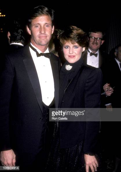 Robert Hays and Pam Dawber during American Cancer Society Host Gala Tribute for Blake Edwards November 17 1983 at Beverly Hilton Hotel in Beverly...