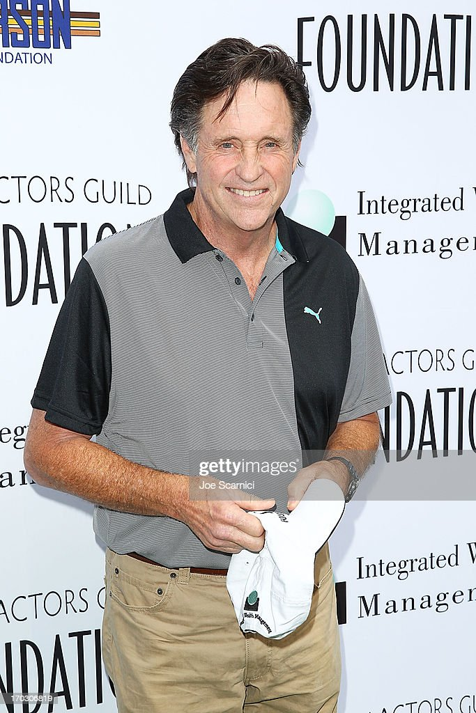 <a gi-track='captionPersonalityLinkClicked' href=/galleries/search?phrase=Robert+Hays&family=editorial&specificpeople=991665 ng-click='$event.stopPropagation()'>Robert Hays</a> arrives to the Screen Actors Guild Foundation's 4th annual Los Angeles golf classic at Lakeside Golf Club on June 10, 2013 in Burbank, California.