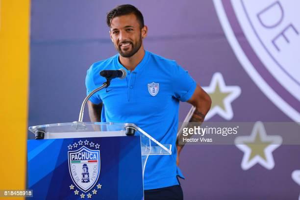Robert Herrera of Pachuca speaks during a press conference to unveil Pachuca's new signings at Universidad del Futbol y Ciencias del Deporte on July...