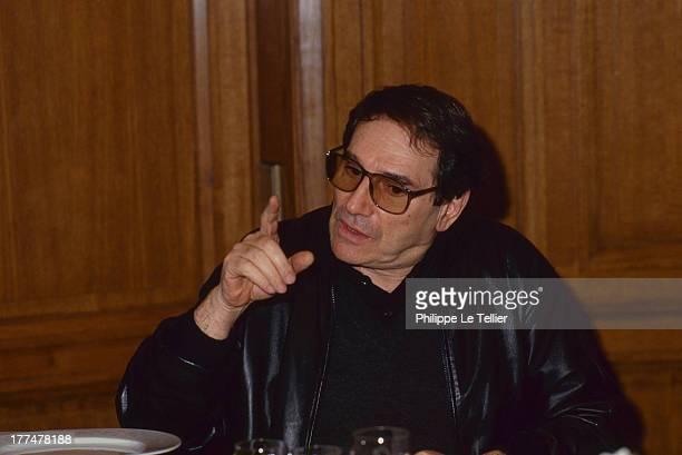 Robert Hossein comdian director of theater France Robert Hossein commedien metteur en scene de theatre 1989