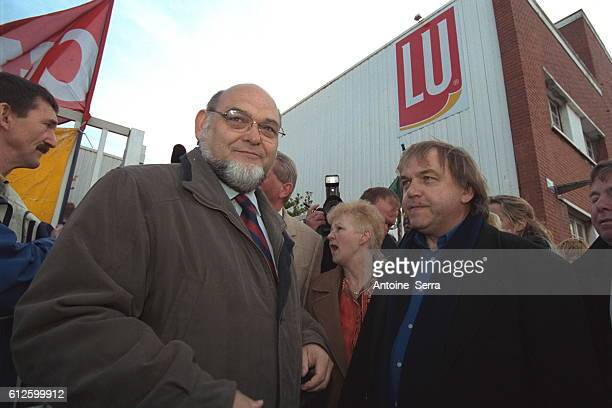 Robert Hue came to support strikers in the 'LU' biscuit factory Calais He is next Marcel Pochet CGT Trade Union Representative working in the factory...