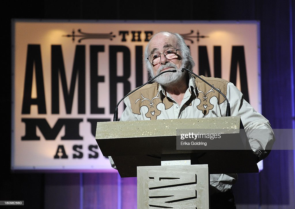 Robert Hunter accepts the Lifetime Achievement Award for Songwriter at the 12th Annual Americana Music Honors And Awards Ceremony Presented By Nissan on September 18, 2013 in Nashville, Tennessee.