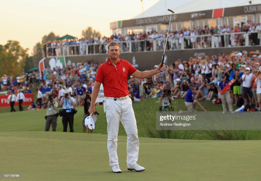Robert Karlsson of Sweden celebrates after winning the Dubai World Championship on the Earth Course Jumeirah Golf Estates on November 28 2010 in...