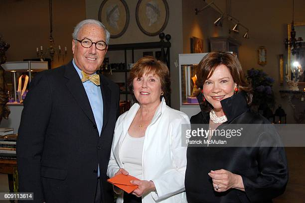 Robert Kass Amanda Mae Kass and Suzanne Rheinstein attend Cocktails at Hollyhock Honoring Mish NY and the Breast Center at UCLA at West Hollywood on...