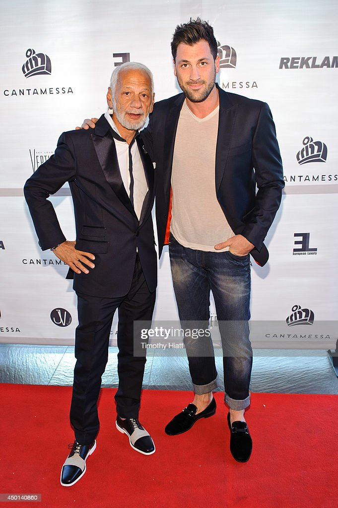 Robert Kheit and <a gi-track='captionPersonalityLinkClicked' href=/galleries/search?phrase=Maksim+Chmerkovskiy&family=editorial&specificpeople=4251170 ng-click='$event.stopPropagation()'>Maksim Chmerkovskiy</a> attend the 2014 Cantamessa Collection Preview at Vertigo Sky Lounge on June 5, 2014 in Chicago, Illinois.
