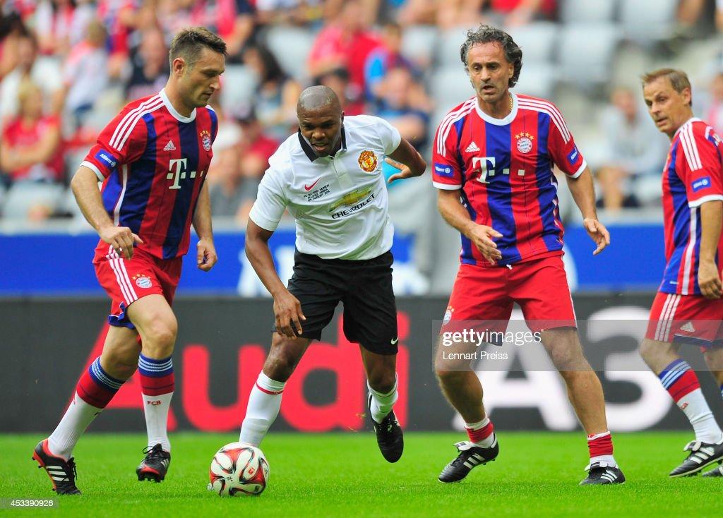 FCB AllStars v ManUtd Legends - Friendly Match