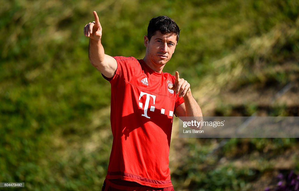 <a gi-track='captionPersonalityLinkClicked' href=/galleries/search?phrase=Robert+Lewandowski&family=editorial&specificpeople=5532633 ng-click='$event.stopPropagation()'>Robert Lewandowski</a> gestures during a training session at day six of the Bayern Muenchen training camp at Aspire Academ on January 11, 2016 in Doha, Qatar.