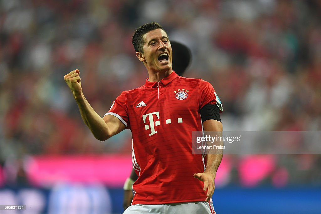 Robert Lewandowski of Bayern Muenchen celebrates his side's third goal during the Bundesliga match between Bayern Muenchen and Werder Bremen at Allianz Arena on August 26, 2016 in Munich, Germany.