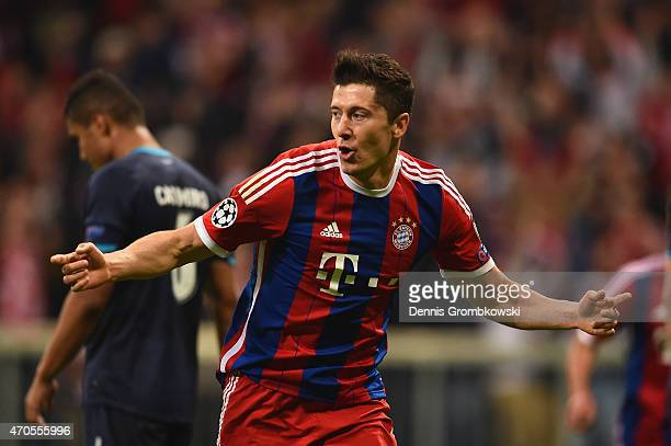Robert Lewandowski of Bayern Muenchen celebrates scoring the fifth goal during the UEFA Champions League Quarter Final Second Leg match between FC...