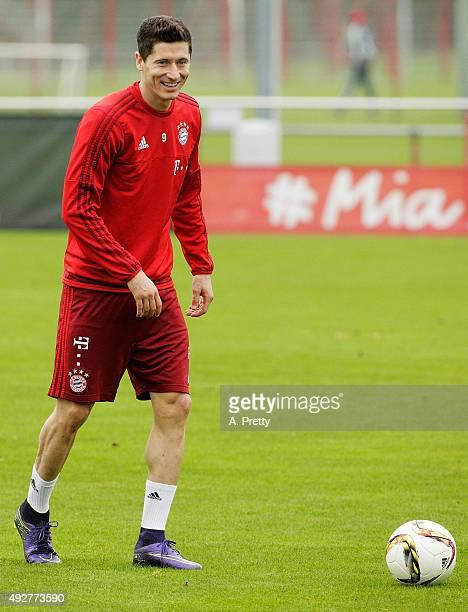 Robert Lewandowski of Bayern Muenchen in action during FC Bayern Muenchen training on October 15 2015 in Munich Germany