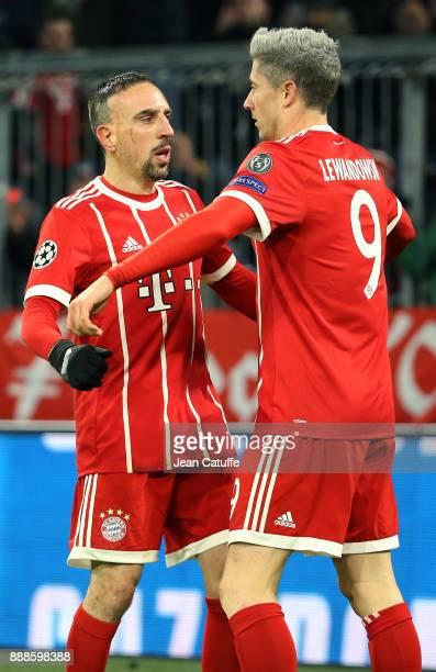 Robert Lewandowski of Bayern Munich celebrates his goal with Franck Ribery during the UEFA Champions League group B match between Bayern Muenchen and...