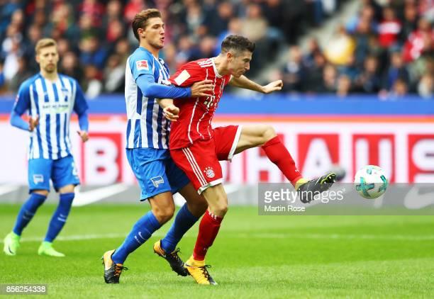 Robert Lewandowski of Bayern Munich scores a goal during the Bundesliga match between Hertha BSC and FC Bayern Muenchen at Olympiastadion on October...