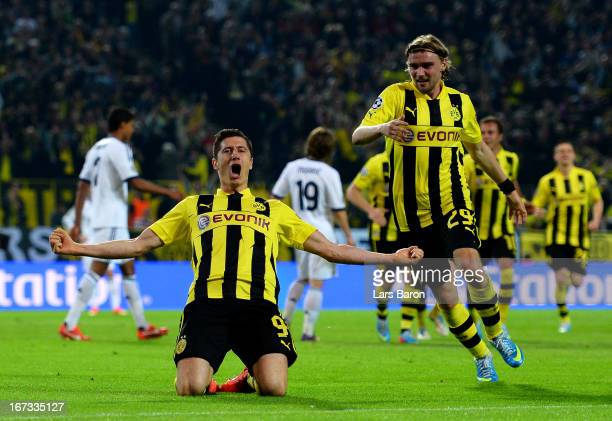 Robert Lewandowski of Borussia Dortmund celebrates after scoring his team's third goal during the UEFA Champions League semi final first leg match...