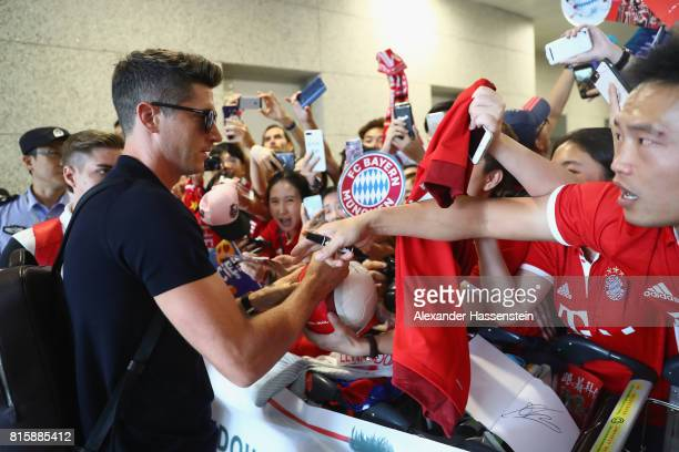 Robert Lewandowski of FC Bayern Muenchen arrives with the team at Shanghai Pudong International Airport for the Audi Summer Tour 2017 on July 17 2017...