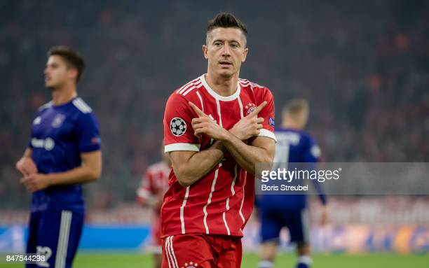 Robert Lewandowski of FC Bayern Muenchen celebrates after scoring his team's first goal during the UEFA Champions League group B match between Bayern...