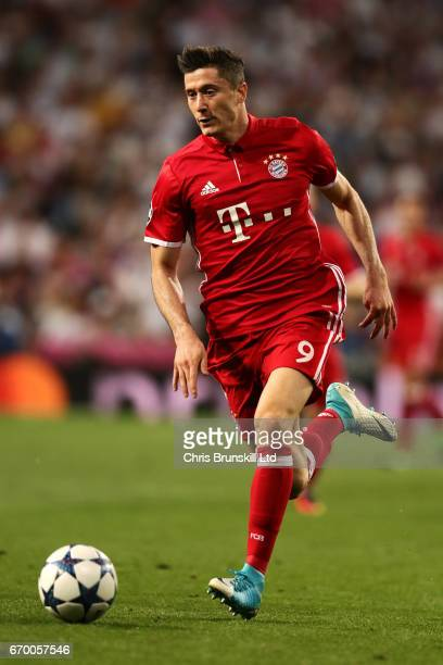 Robert Lewandowski of FC Bayern Muenchen in action during the UEFA Champions League Quarter Final second leg match between Real Madrid CF and FC...