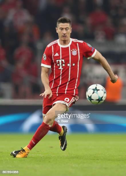 Robert Lewandowski of FC Bayern Muenchen kicks the ball during the UEFA Champions League group B match between Bayern Muenchen and Celtic FC at...