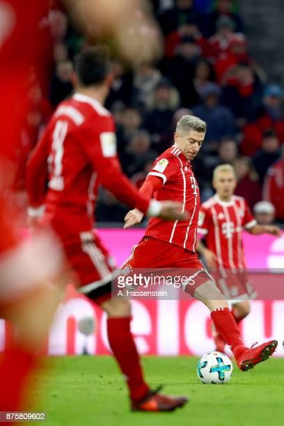 Robert Lewandowski of FC Bayern Muenchen runs the ball during the Bundesliga match between FC Bayern Muenchen and FC Augsburg at Allianz Arena on...