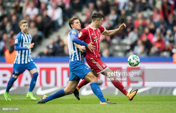 Robert Lewandowski of FC Bayern Muenchen scores his team's second goal during the Bundesliga match between Hertha BSC and FC Bayern Muenchen at...